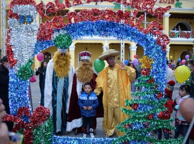 Ayuntamiento y SMDIF fomentan las tradiciones de los Reyes Magos