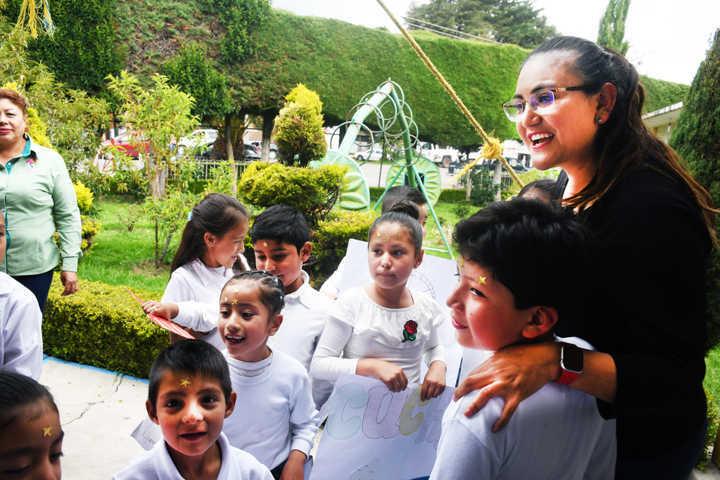 Entrega DIF de Tlaxco apoyos a 120 familias vulnerables