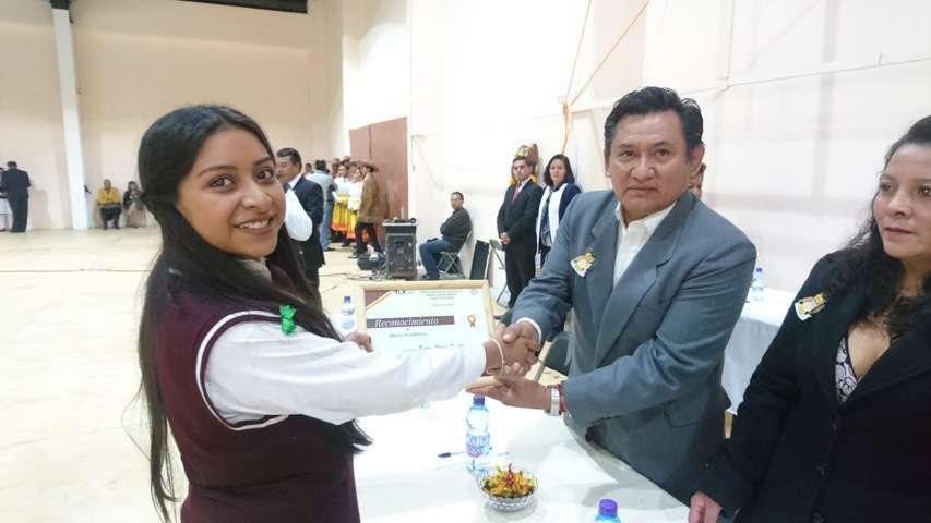 Graduación de la Secundaria Técnica Número 9 en Tzompantepec