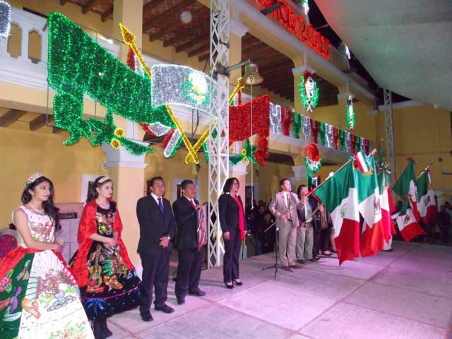 Pronuncia alcalde de Nanacamilpa Grito de Independencia de México