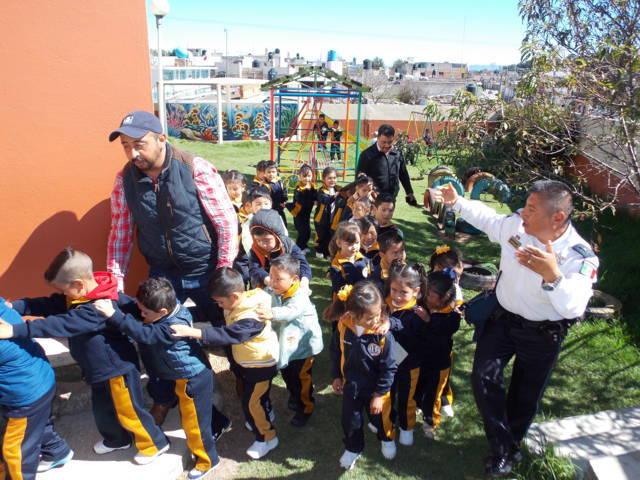 Fomentan la prevención del delinto en escuelas del municipio