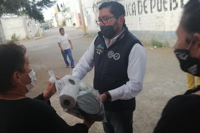 Regidor de Morena arranca campaña en Zacatelco en plena contingencia