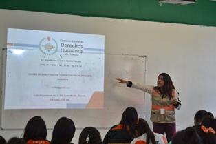 Imparten conferencia Derechos de la mujer al voto a alumnos del CECyTE