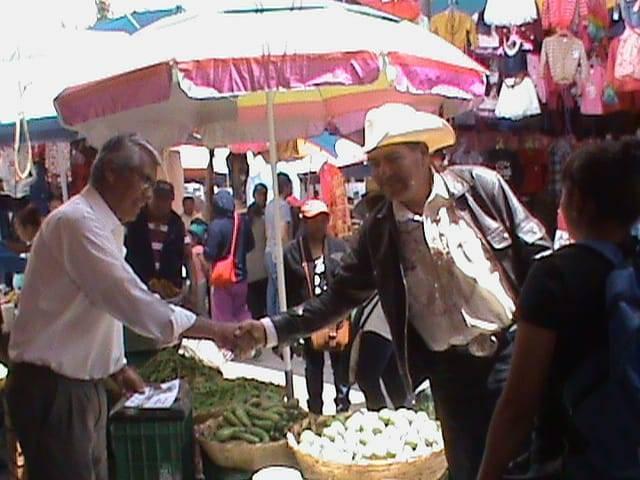 Con entusiasmo reciben a Pepeluche en Huamantla