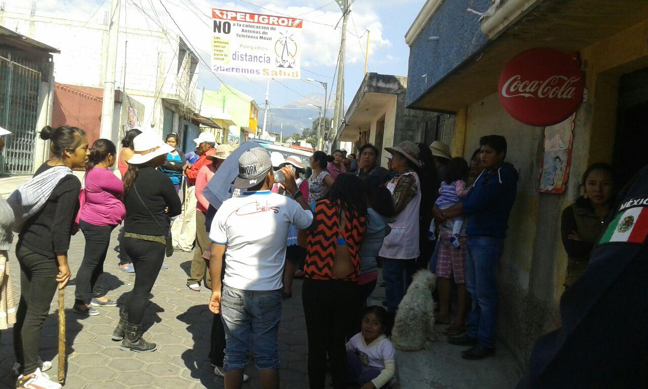 Por negligencia del Ayuntamiento de San Pablo del Monte se enfrentan en Buensuceso