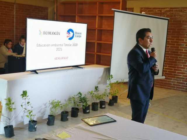 Totolac, SEMARNAT y Peace Corps, desarrollan el proyecto de educación ambiental