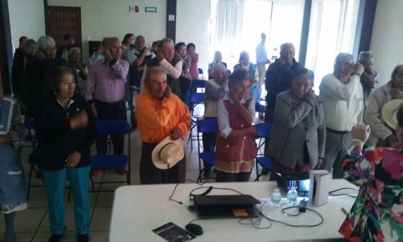 Lleva Inapam a Huactzinco taller de Estimulación Cognitiva