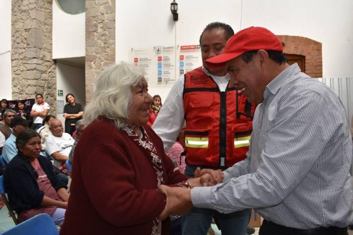 Ayuntamiento y CEPC entregan paquetes invernales a grupos vulnerables