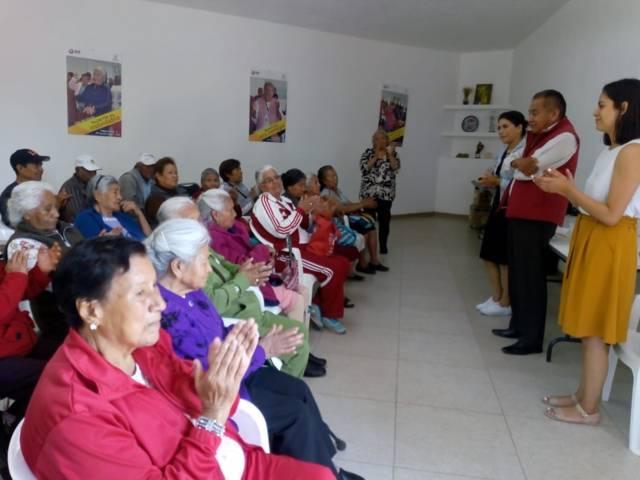 El SMDIF fomenta acciones en favor del bienestar de los adultos mayores