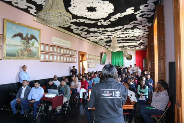 FGR imparte conferencia en Calpulalpan, Tlaxcala