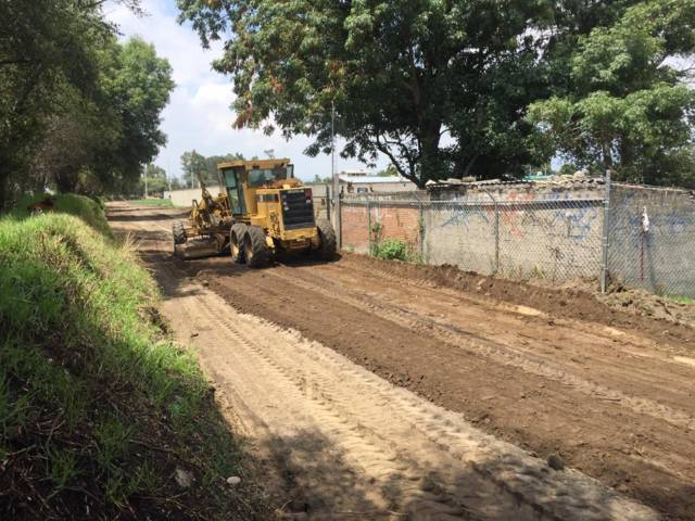 Realizan trabajos de ampliación en calle Tecuanatla en Xicohtzinco