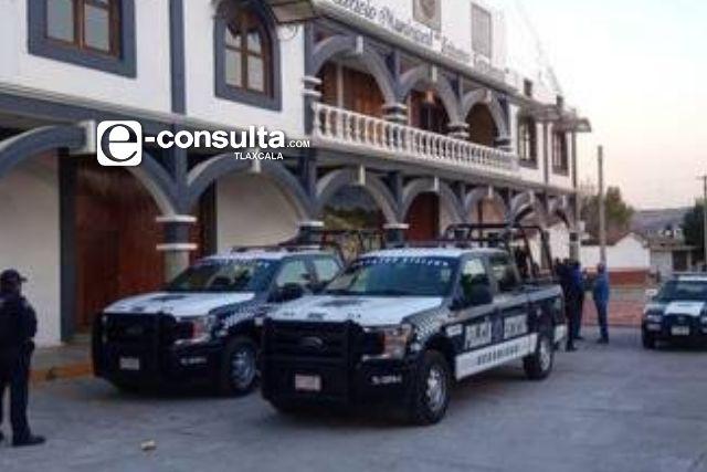 Regidor llega ebrio y agrede a policías en Lázaro Cárdenas