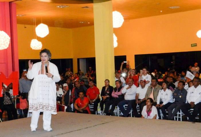 Respalda Beatriz Paredes a candidados de la coalición