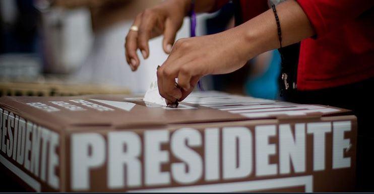 Aprueban convocatorias para 37 consejeras y consejeros electorales de OPLE en 13 estados