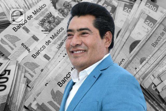 El Varguitas de Zacatelco, Hildeberto Pérez Álvarez se llena los bolsillos