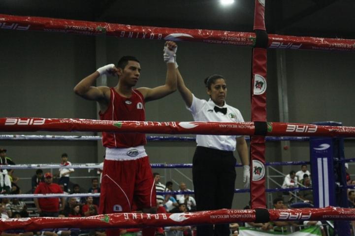Avanzan Israel Rodríguez y Brandon Valencia en el box de Olimpiada