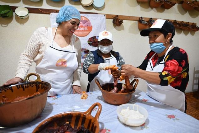 Granjas Carroll realiza cursos elaboración artesanal de embutidos