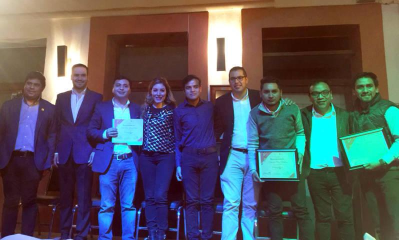 """Entrega IMJ de Tlaxcala premio a """"Emprendedores con Valor"""""""