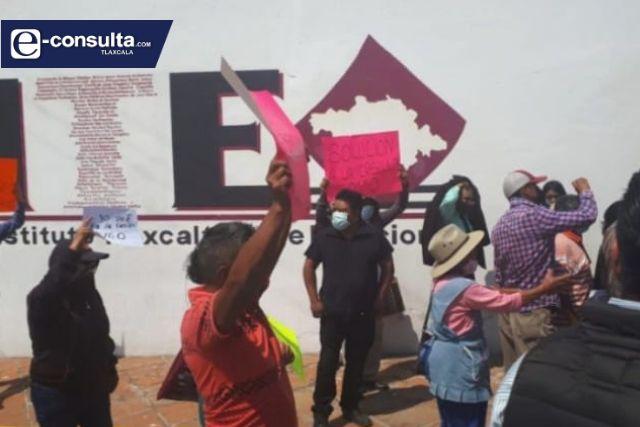 Pobladores de Tlaltelulco enviados por el Picapiedra se manifiestan en el ITE