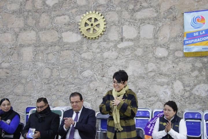 """Sánchez Jasso puso en marcha campaña """"Enchúlame la Silla"""""""