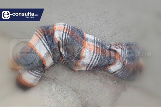 Localizan cadáver encobijado en Tenancingo; estaba atado de manos