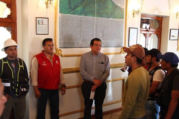 Sánchez Jasso entrega apoyo económico a brigadistas voluntarios