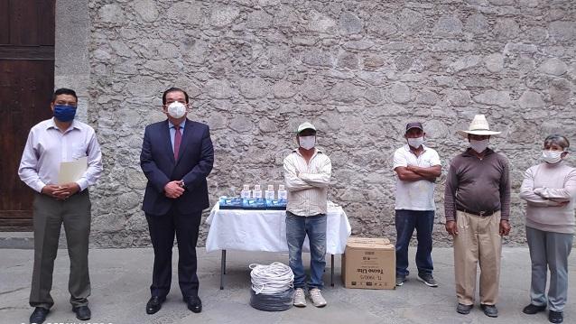 Entrega alcalde de Huamantla apoyo económico a la mejora del barrio de la Preciosa