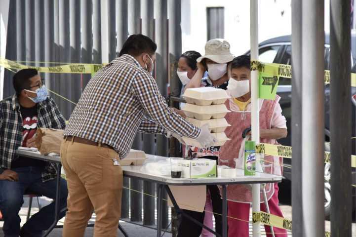 Continúa DIF de la capital con entrega de comida gratuita