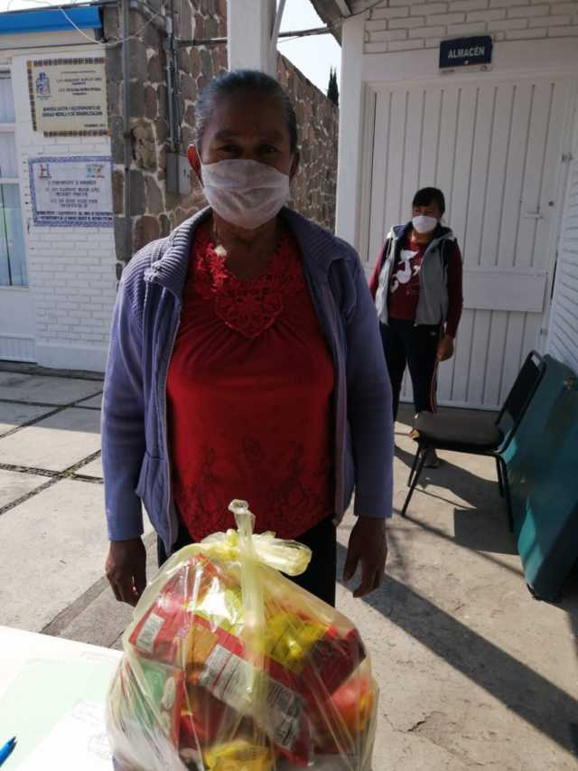 DIF Huamantla continúa con la entrega de despensas a familias en situación de vulnerabilidad