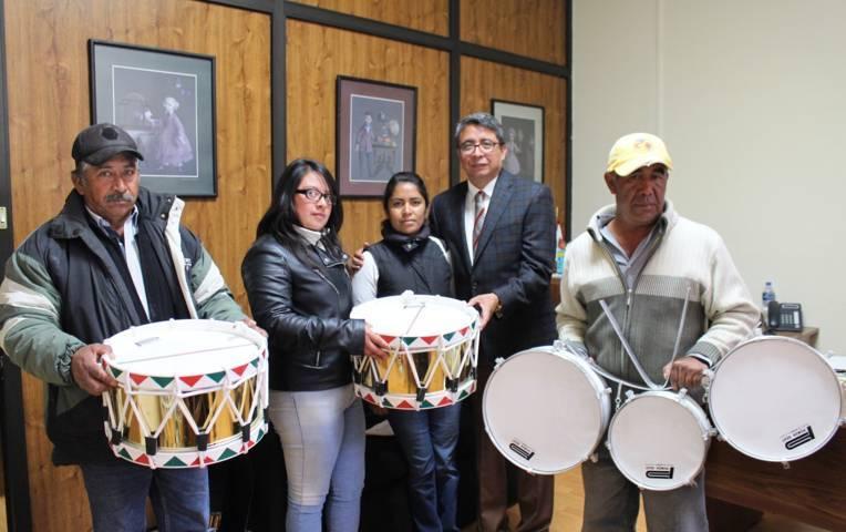 Entregan instrumentos para la banda de guerra del EMSAD en Altzayanca