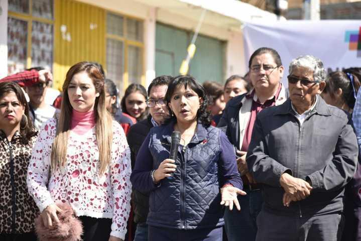 Entrega Anabell Ávalos obra por más de 2 mdp en Loma Xicohténcatl