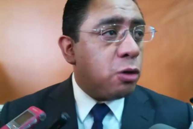 Niega secretario de salud discriminación y favoritismo en la SESA