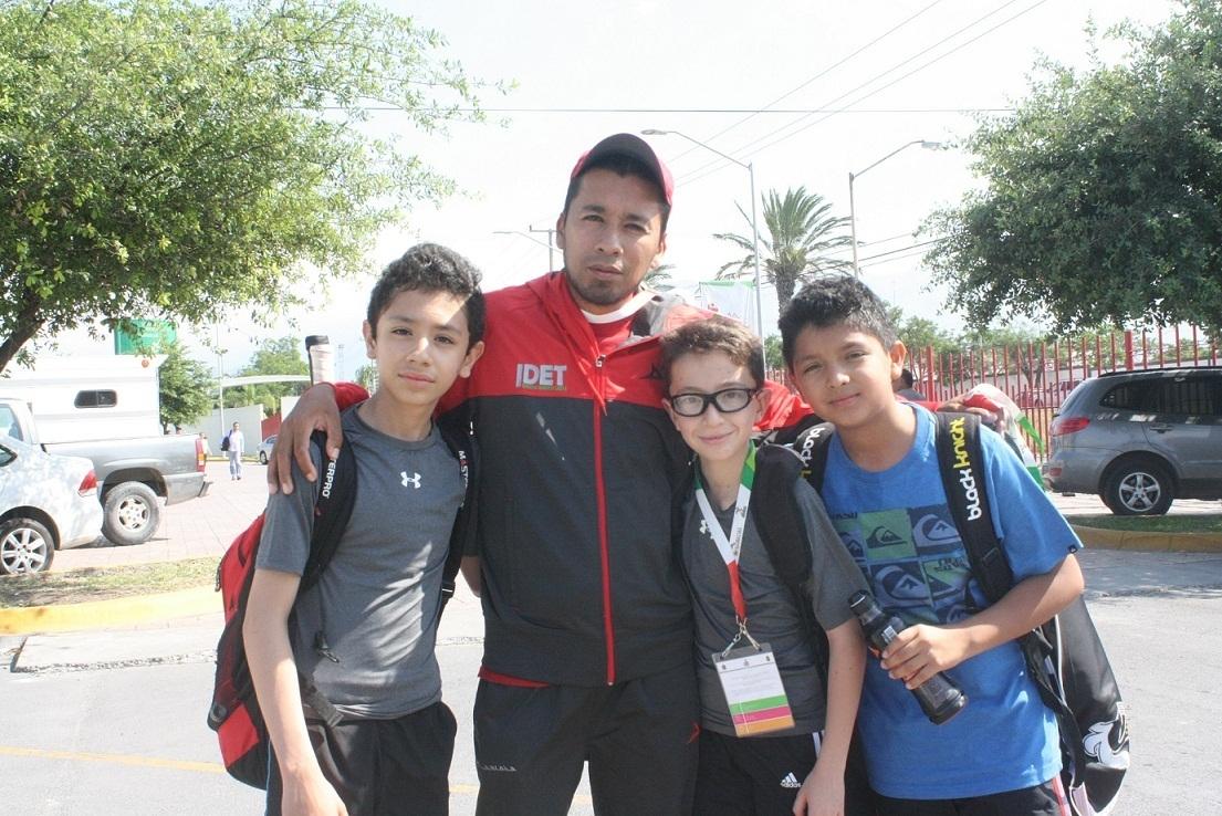Avanza Tlaxcala a las semifinales por equipos; se perfila a las medallas en Squash