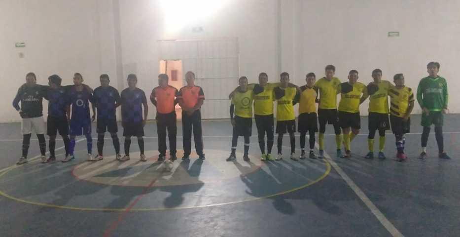 Liga municipal de fútbol de sala Premier prepara semifinales de alarido