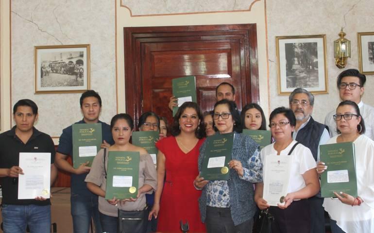 "Beneficia a 30 familias capitalinas programa ""Formalizando tu patrimonio"""