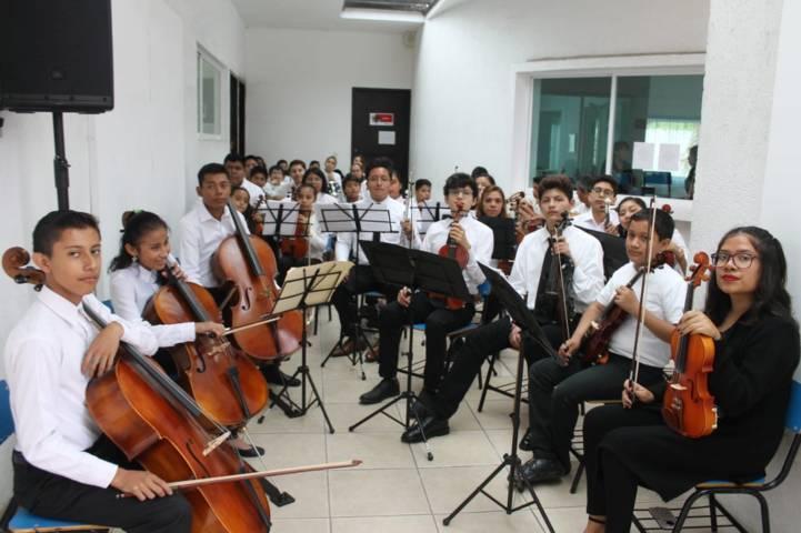Clausuran actividades de la Escuela Elemental de Música de la capital
