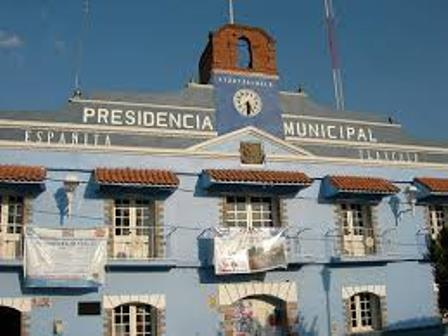 Hallan a hombre embolsado en el municipio de Españita