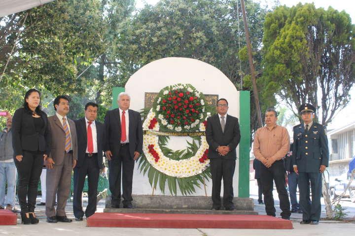 Conmemoran en Papalotla aniversario luctuoso de Felipe Villegas