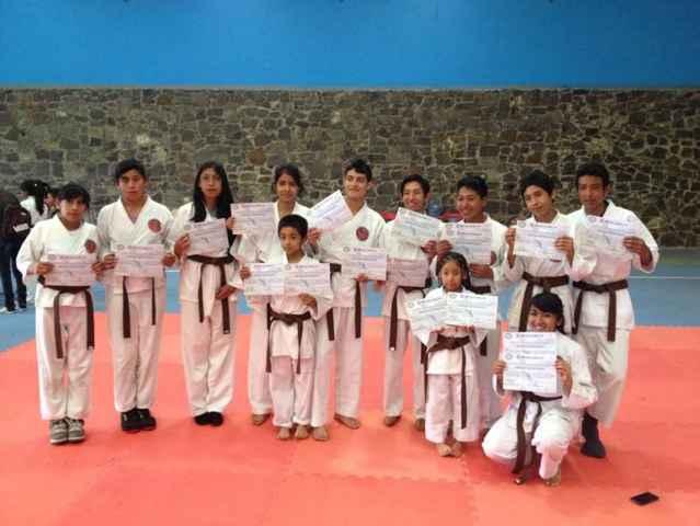 Realizan Torneo de karate do  en Nanacamilpa