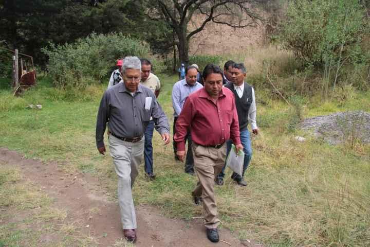 Recorren Quiahuixtlán para definir punto para perforación de pozo de agua potable