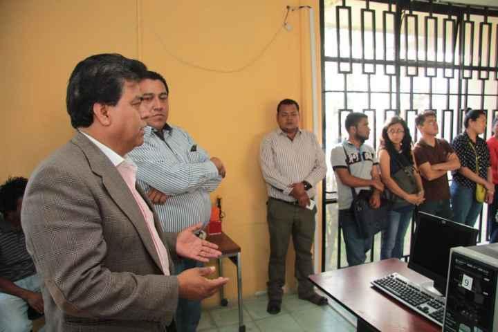 Reequipan biblioteca municipal de Totolac con equipo digital