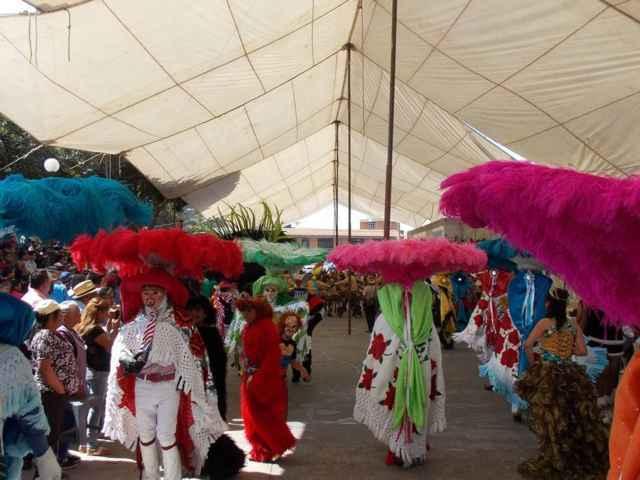 Espectacular inicio de carnaval se vivió en Xiloxoxtla