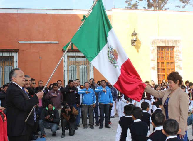 Conmemoran en Huamantla CXCV Aniversario de la Bandera Nacional