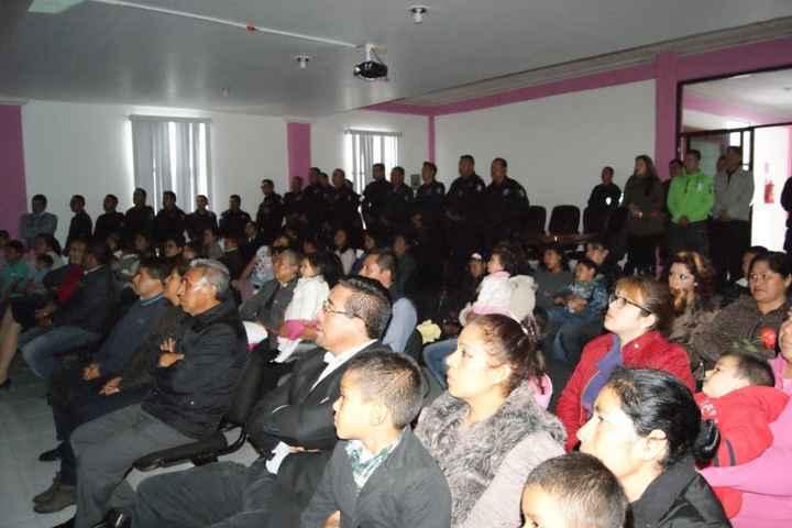 Culmina capacitación integral a Policía de Nanacamilpa