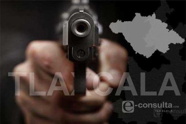 Se detiene a responder mensajes y lo asaltan sujetos armados en Huamantla