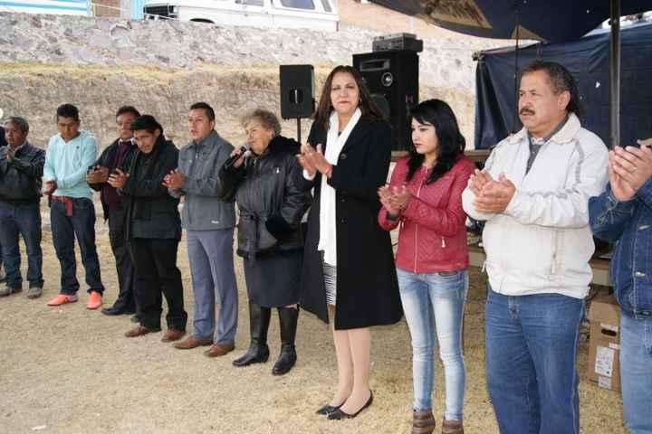 Lilia Olvera inaugura Feria en Comunidad de Domingo Arenas