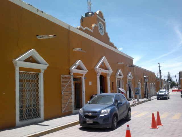 En Cuapiaxtla se inconforman por el rezago de la nomina municipal