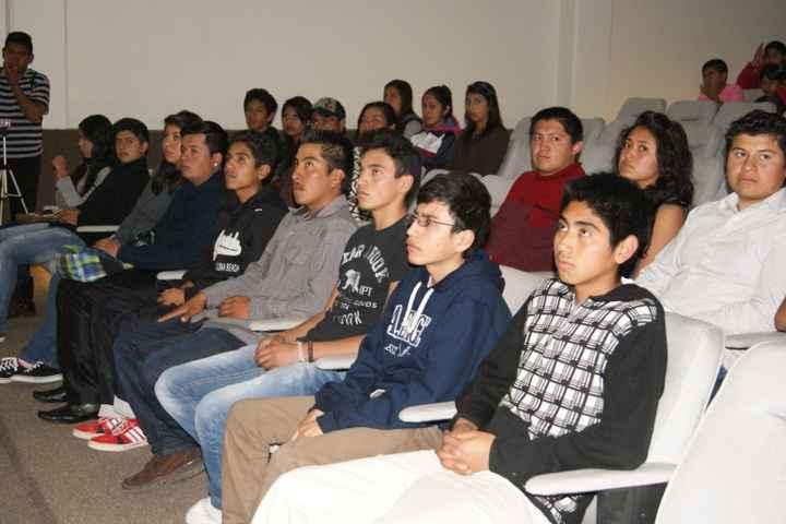 Clausuran curso de Excel avanzado a jóvenes de Nanacamilpa