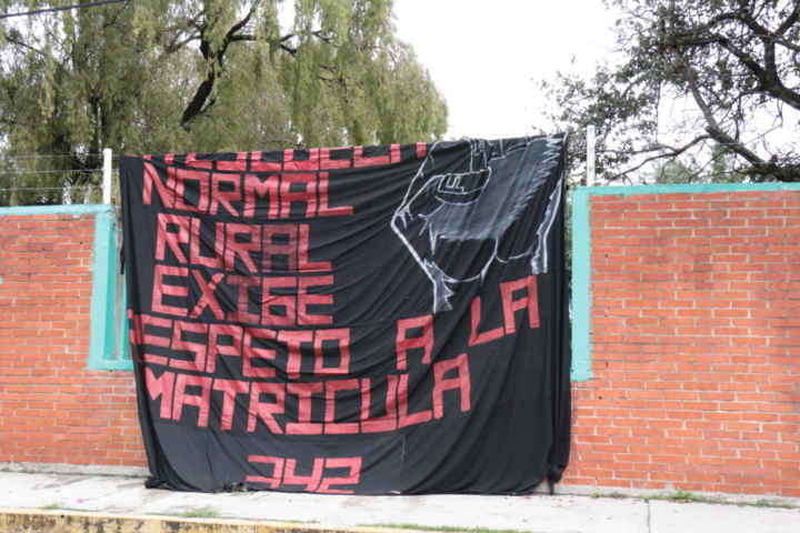 La normal rural de Panotla sigue en pie de lucha
