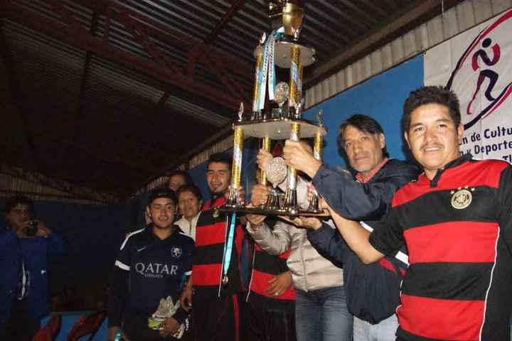 Culmina  torneo de Futbol de salón en Nanacamilpa Tlaxcala